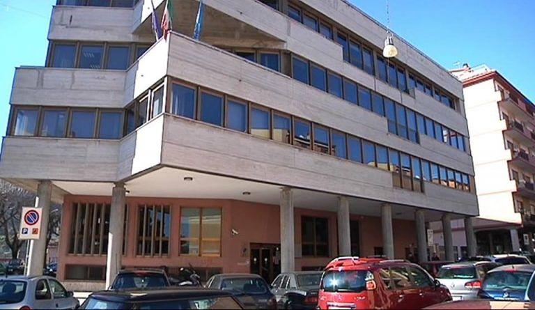 Terremoto, sgomberata la Camera di Commercio a Teramo. Altri sfollati