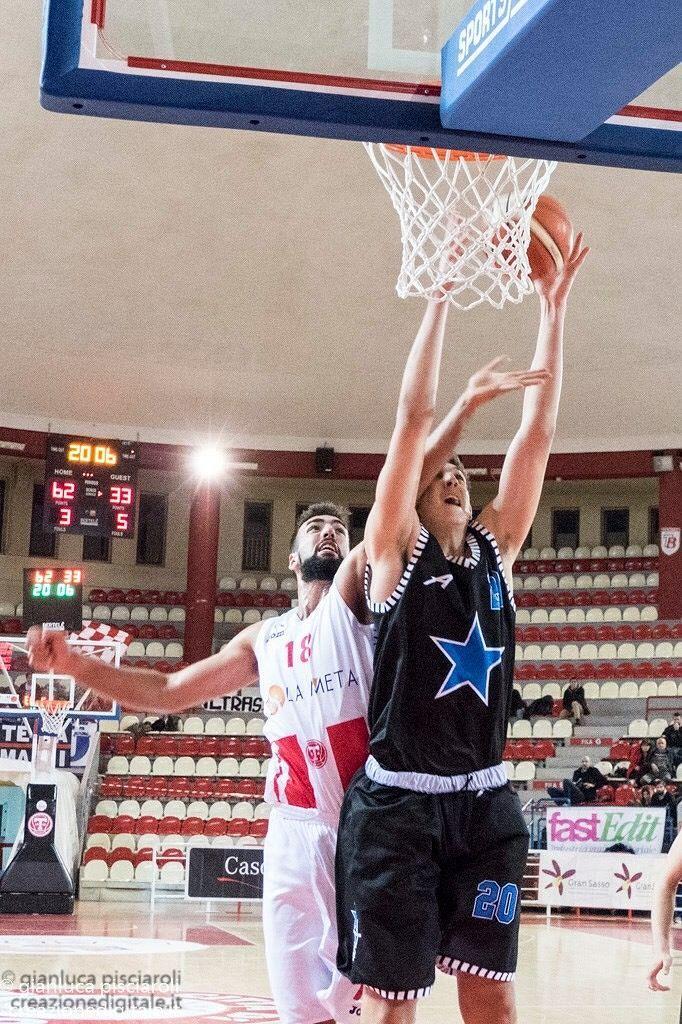 Basket Serie B, vittoria all'overtime per La Meta Teramo
