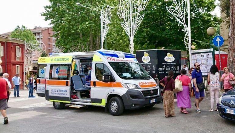 Pescara, lite alla festa dei Colli: anziano in ospedale