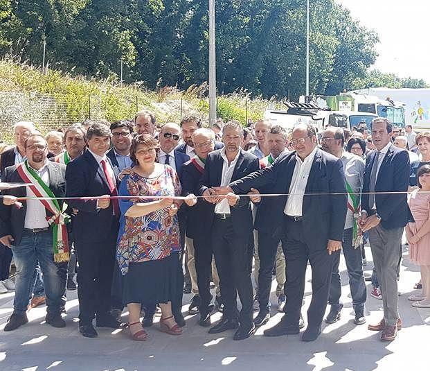 Inaugurata a Lanciano la nuova piattaforma di selezione rifiuti Eco.Lan