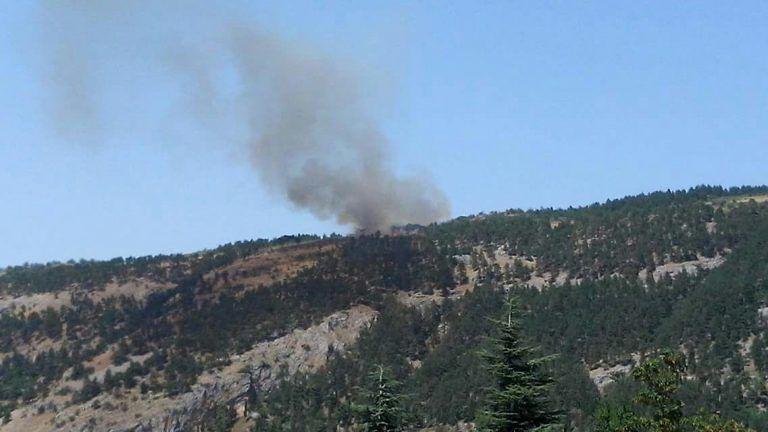 Incendio a Caramanico, brucia la pineta di Decontra – FOTO