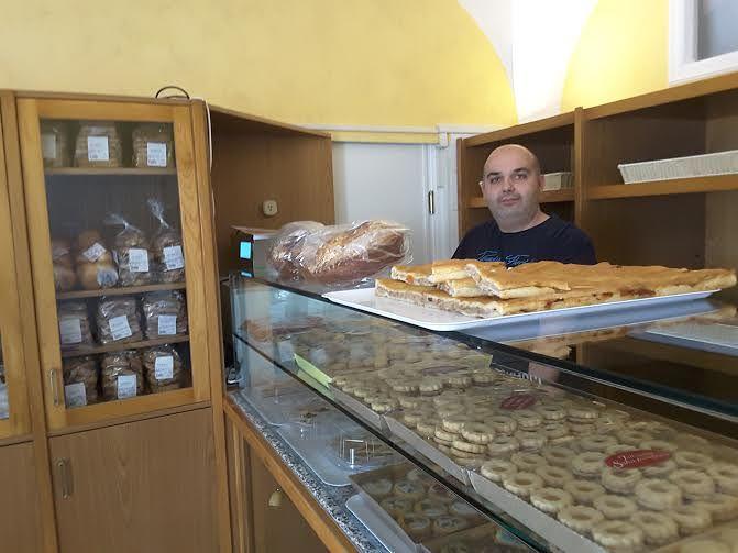 Antico Forno: pane, pizza, hamburger e tanto altro|Sant'Omero