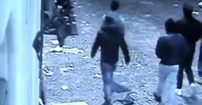 L'Aquila, nuovi atti vandalici in centro storico: la denuncia di Cialente