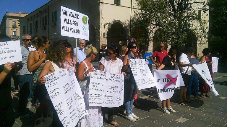 Teramo, i cittadini disertano la manifestazione per le scuole sicure FOTO/VIDEO