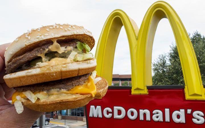 Avezzano, apre nuovo McDonald's: per Casapound è un torto ai commercianti locali
