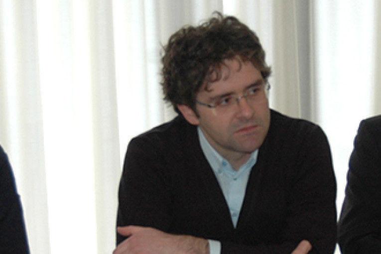 Civeta, Menna assente alla conferenza dei sindaci per chiedere lo stop agli aumenti