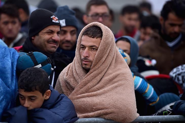 """""""Dare una speranza concreta ai migranti"""". Il messaggio della Caritas a parrocchie e movimenti"""