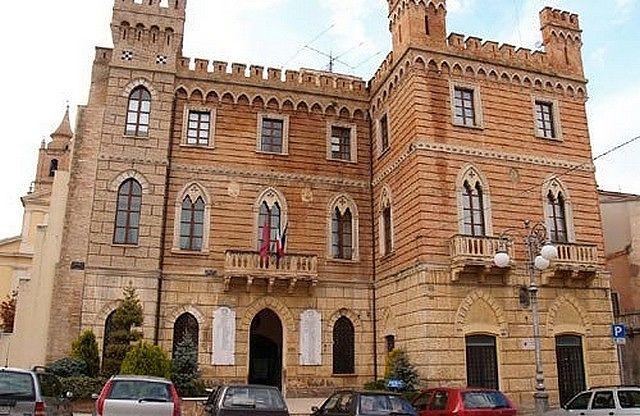 Nereto, scuola di via Veneto: arrivano fondi per 300mila euro