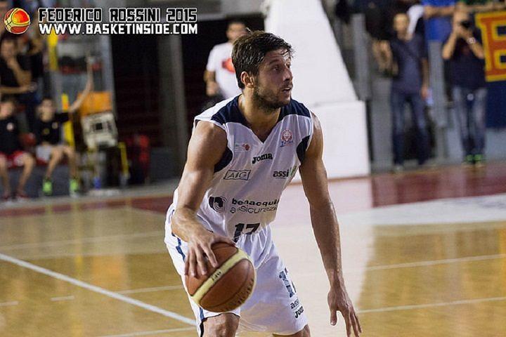 Basket, Roseto Sharks: ufficiale l'acquisto di Nicola Mei
