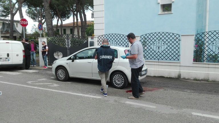 Omicidio Giulianova, accoltellato e ucciso davanti alla figlia FOTO VIDEO
