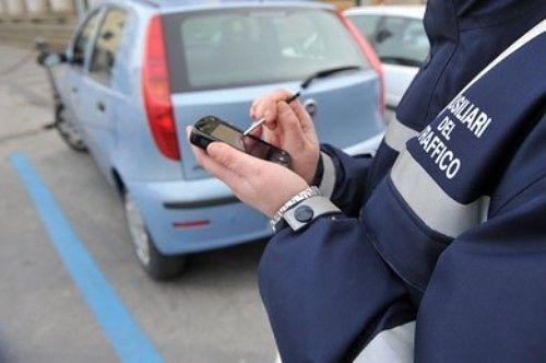 """Pescara Parcheggi, turni estivi: """"Interinali preferiti agli ex lavoratori"""""""