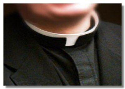 Nereto, lettere anonime contro don Roberto: il caso