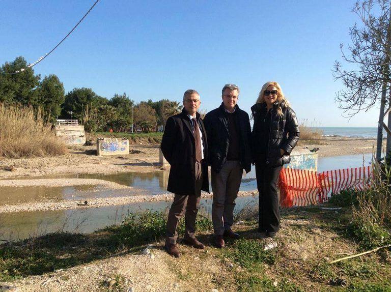 Ponte ciclabile sul Vibrata: sopralluogo di Pepe con i sindaci di Martinsicuro e Alba