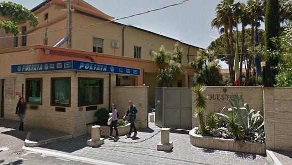 Pescara, artificieri in questura per uno zaino sospetto: falso allarme
