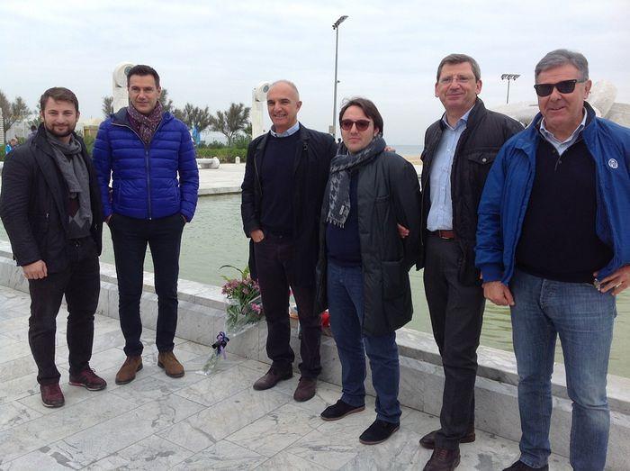 """Pescara, sit-in alla Nave di Cascella: """"Il Ponte del Cielo non si può fare"""""""