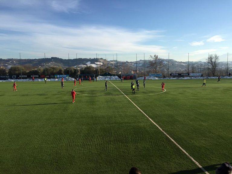 Il Pescara travolge il Teramo (4-0). Campitelli stoppa su Fb attaccante dall'Ascoli
