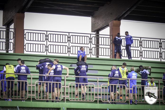 Pescara Calcio, ancora gradoni: aprono le prelazioni