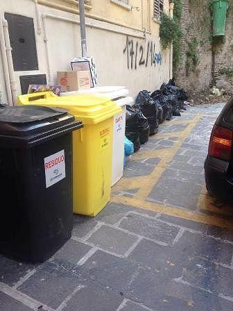 Chieti, sciopero Sindacati: possibili disagi al servizio di raccolta rifiuti