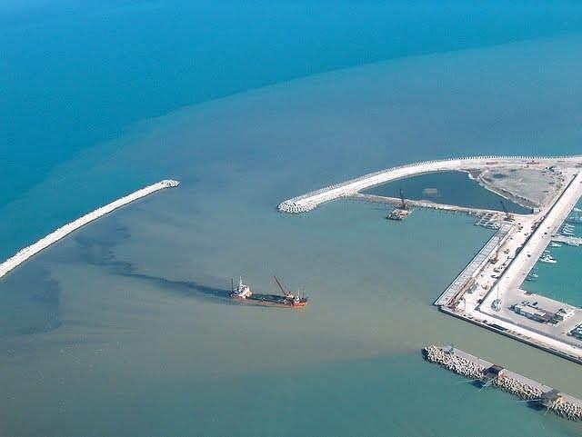 Pescara, nuovo porto: ora lo scontro è sull'impatto ambientale