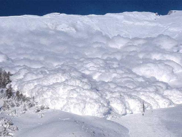 Abruzzo, permane forte pericolo di valanghe sulle montagne regionali