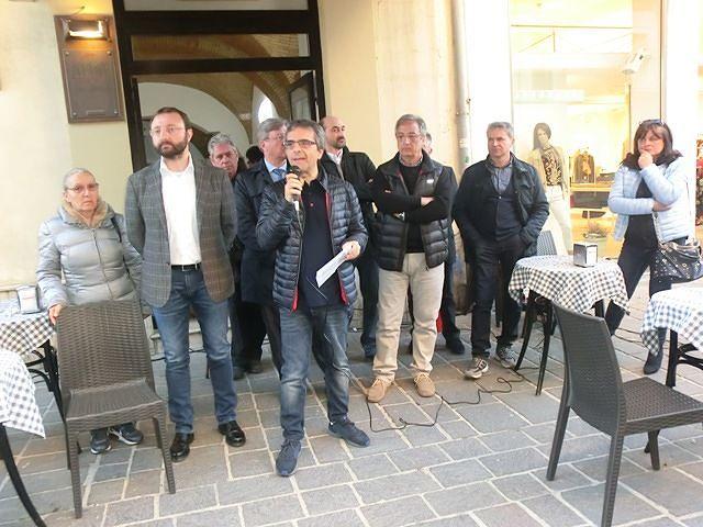 Ortona, presentato il candidato sindaco Gianluca Coletti VIDEO