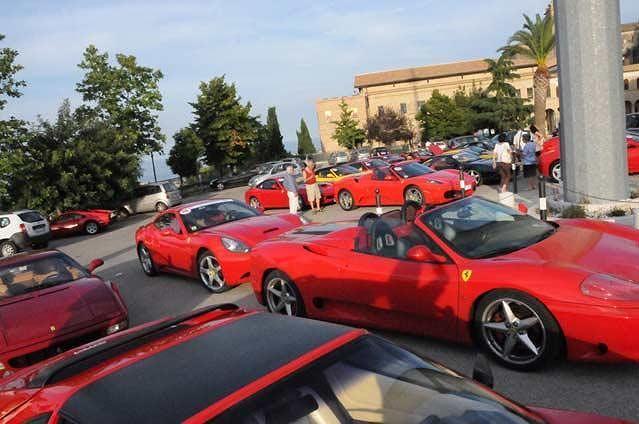 Scuderia Ferrari Club: a Villa Rosa la giornata del socio