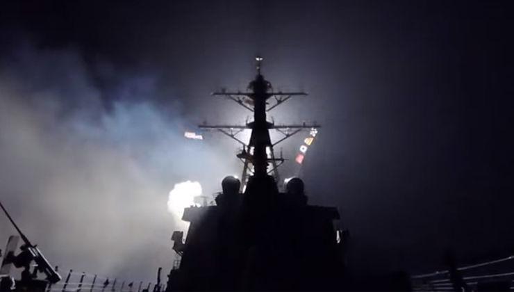Raid USA in Siria, il lancio dei missili – VIDEO