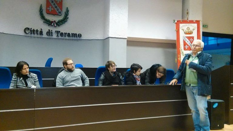 Teramo, sicurezza scuole: nuovo incontro tra sindaco e comitato genitori