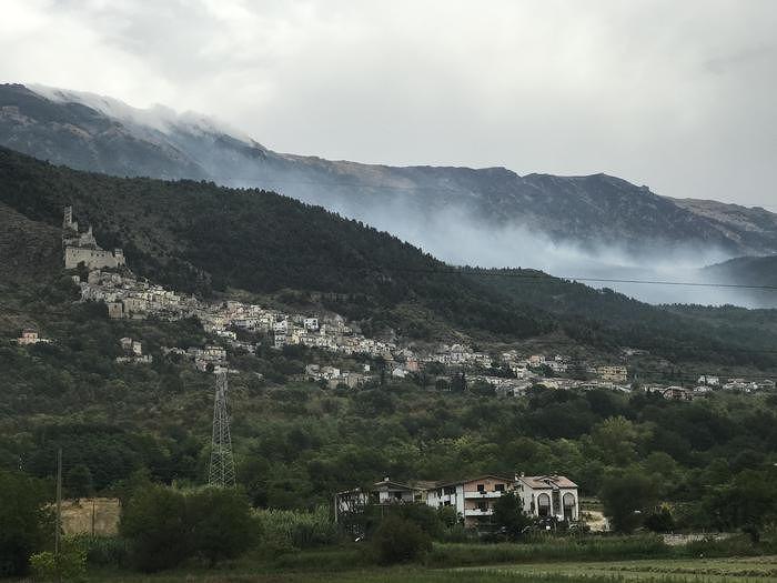 Incendio Monte Morrone, ancora attivi dei focolai a Colle delle Vacche