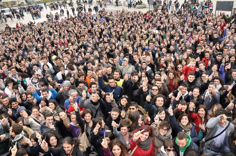 San Gabriele, digiuno di tablet e telefoni per i 100 giorni agli esami
