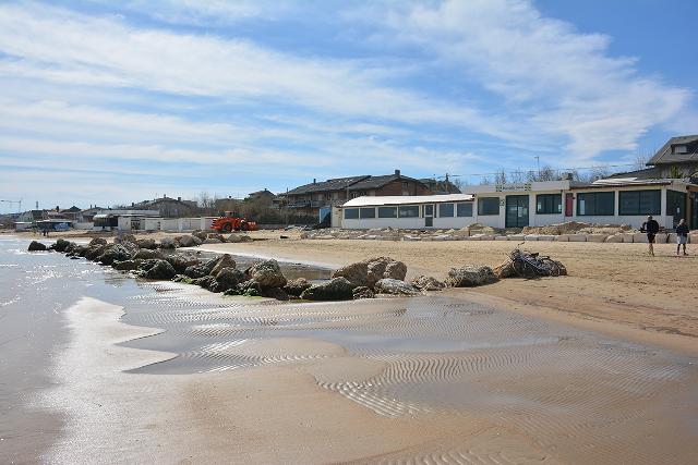 Scogliere: esposto della Soa per un caso a Francavilla al Mare