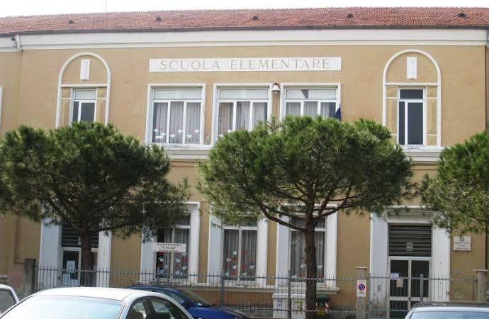 Martinsicuro, il giorno del dono: la scuola di Villa Rosa all'atto conclusivo del contest