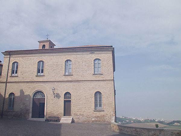 Tortoreto, scuola San Giuseppe ancora chiusa: sale la protesta dei genitori