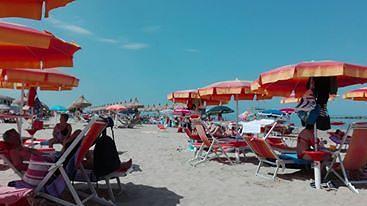 Cologna Spiaggia, topo d'auto inseguito e bloccato dai cittadini