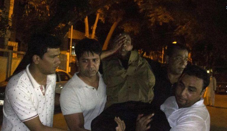 Nove italiani tra le vittime di Dacca, torturati prima di essere uccisi