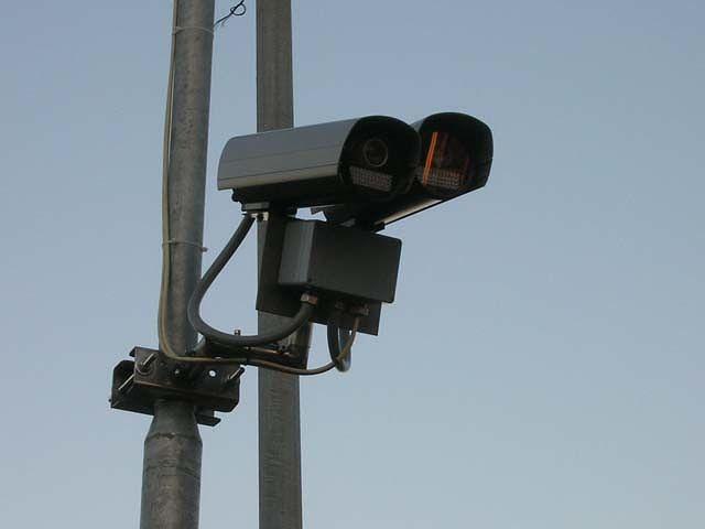 """Montesilvano: buche stradali: """"Dove sono i soldi dei semafori-trappola?"""""""