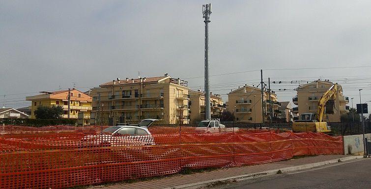 Tortoreto, lavori in via Spataro per la canalizzazione delle acque