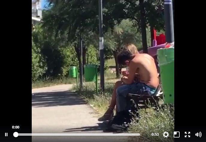 """Pescara, si """"bucano"""" nel parco dell'ospedale: lo sdegno su Facebook – VIDEO"""