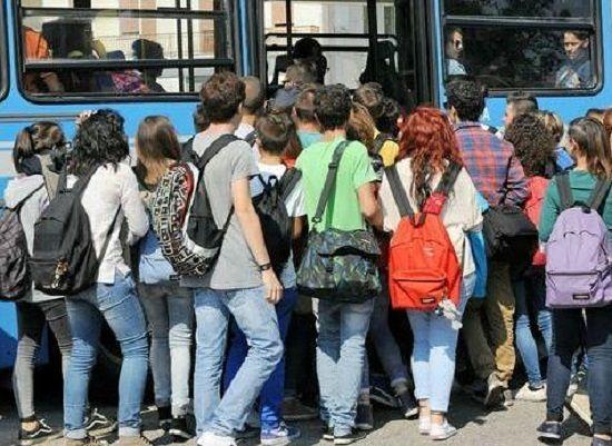 Trasporti Abruzzo, pubblicata graduatoria agevolazioni per studenti