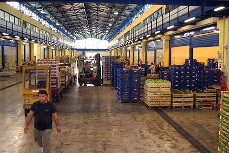 A Chieti un mezzo aziendale messo a disposizione del Banco Alimentare per la raccolta del cibo