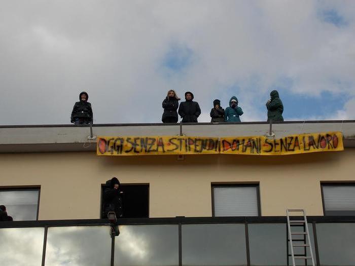 Abruzzo, M5S su salvataggio centri di ricerca: 'Scelta della Giunta D'Alfonso rovina i lavoratori'