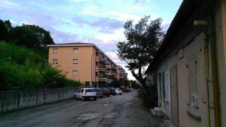 Teramo, degrado di via Piave e via Roma: la protesta dei cittadini