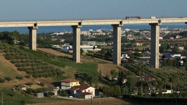 Tortoreto, viadotto del Salinello: nuovi interventi di consolidamento
