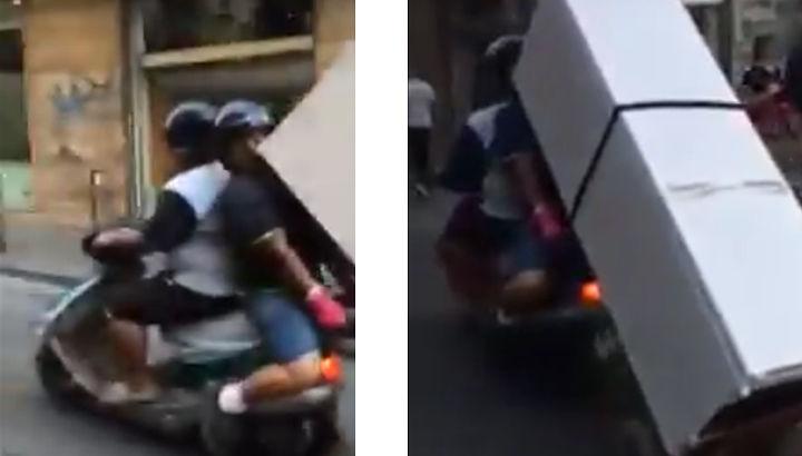 Trasportano frigorifero in scooter, il video diventa virale su Fb – VIDEO