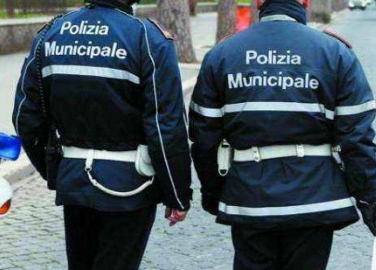 Alba Adriatica, vigili urbani a scuola di difesa personale