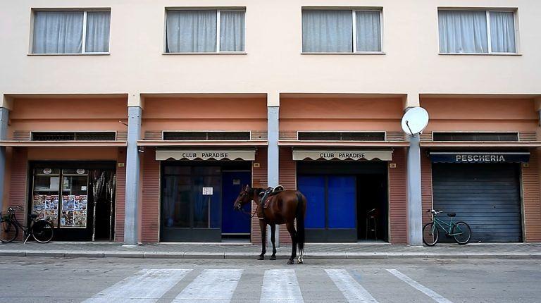 Pescara diventa western nel nuovo film di Consorte