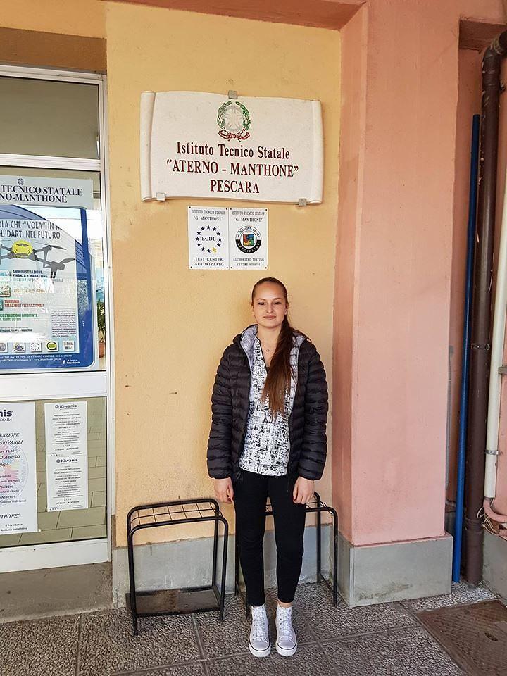Pescara, alunna dell'Aterno Manthonè vince il Premio Silone