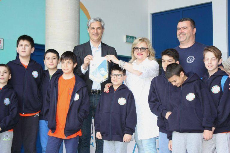 Pescara, consegnato un defibrillatore al Club Aquatico