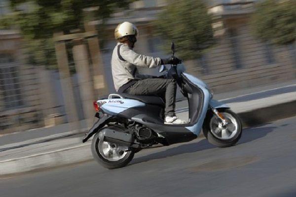 L'Aquila, trovato in possesso di uno scooter rubato: denunciato