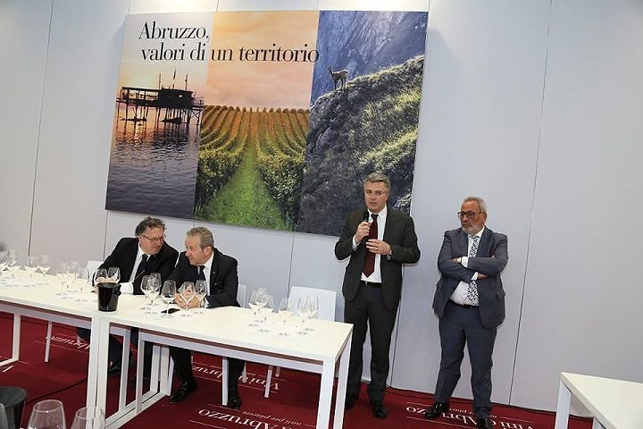 Vinitaly, l'Abruzzo presenta le bollicine (VIDEO)